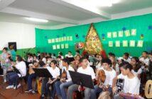 Instituto Cuida de Mim - Apresentação dos alunos de música e ballet - 2011